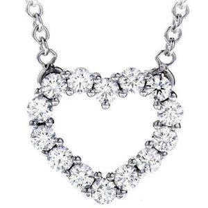 Heart shape pendant necklace 2.80 ct. round cut di